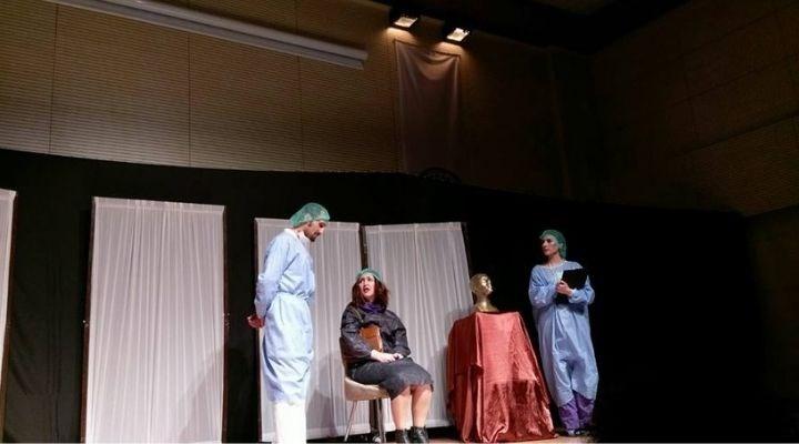 Kürtçe tiyatro oyunu oynatmak suç oldu