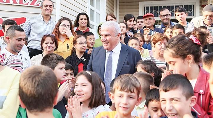 Efeler Belediye Başkanı Mehmet Fatih Atay: Bilgi insanları mutlu eder