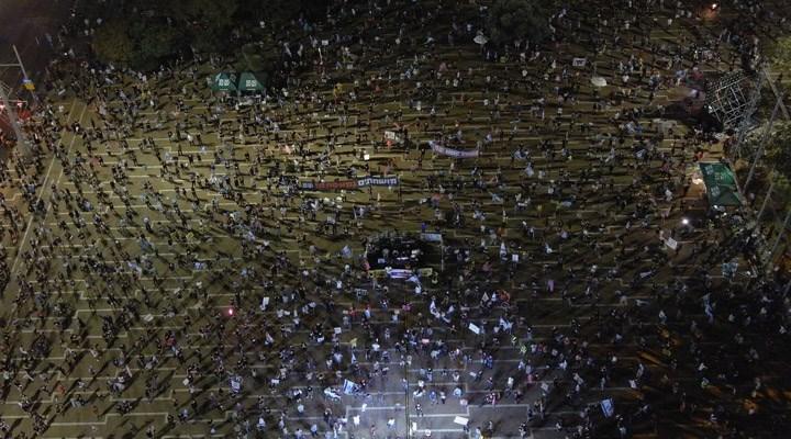 İsrail'de kısıtlamalar kalktı, binlerce kişi sokağa döküldü: Netanyahu artık git!