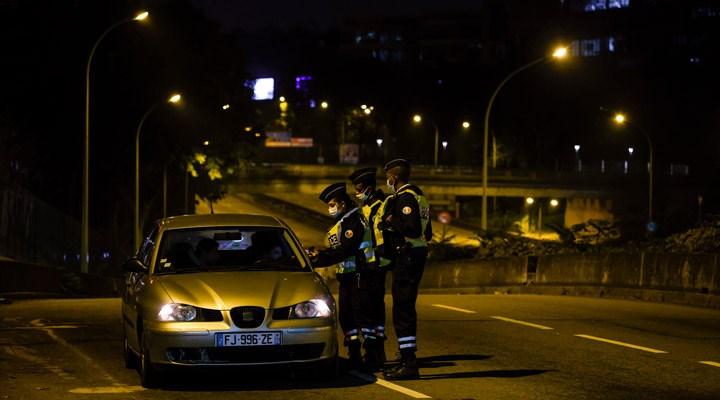 Fransa'da sokağa çıkma yasağının uygulanacağı bölge sayısı yükseltildi