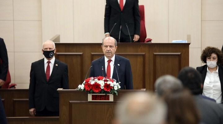 Kuzey Kıbrıs'ın yeni Cumhurbaşkanı Ersin Tatar görevine başladı