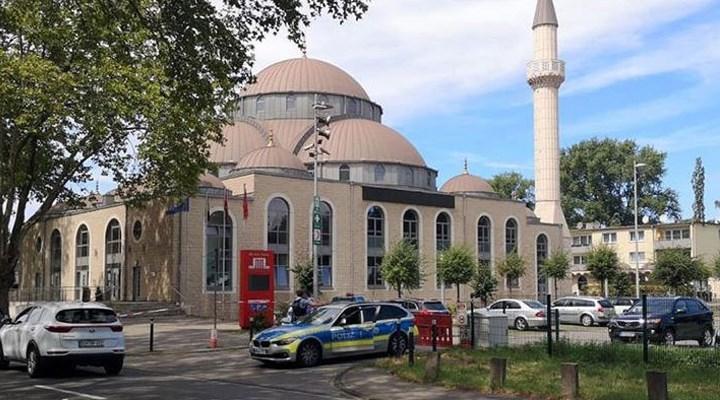 Dindar nesil projesi Almanya'ya uzandı: Camilerde ders kabul edilemez