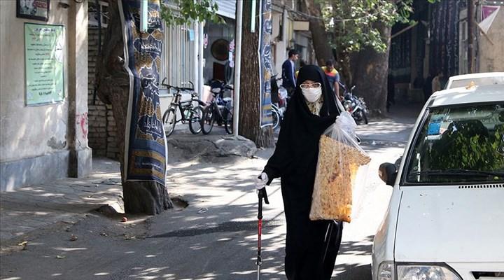 İran'da Covid-19 nedeniyle 43 şehirde iş yerleri kapatılacak