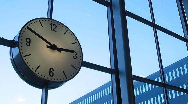 Avrupa'da kış saati uygulaması başladı