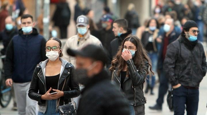 Almanya'da 4 hafta sürecek yeni koronavirüs tedbirleri açıklandı