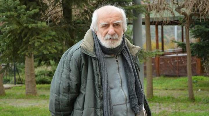 Bizimkiler'in 'Abbas Efendi'si Hikmet Karagöz, son yolculuğuna uğurlandı