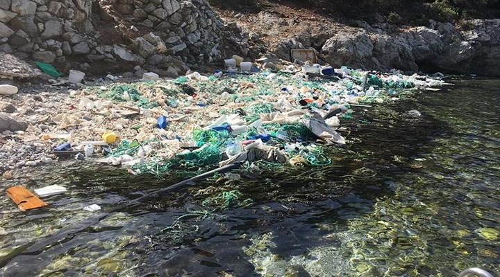Dünya Doğa Koruma Birliği: Akdeniz plastik çöplüğe dönüyor