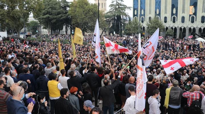 Gürcistan'da seçim sonuçlarını kabul etmeyen muhalefet eyleme geçti