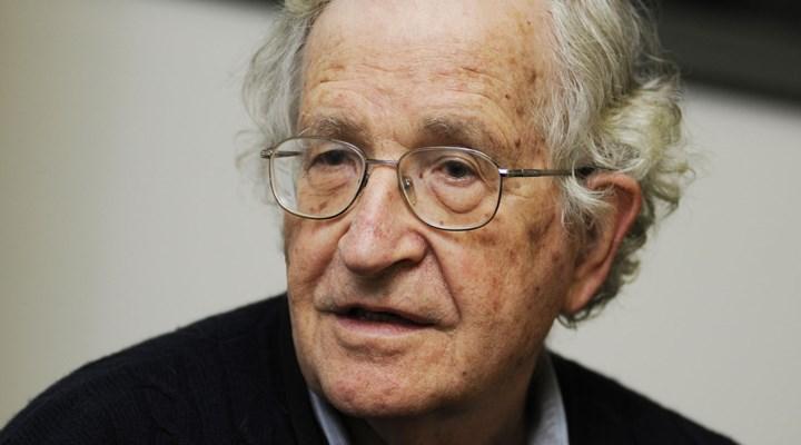 Noam Chomsky: Trump, insanlık için Hitler'den daha büyük bir tehdit