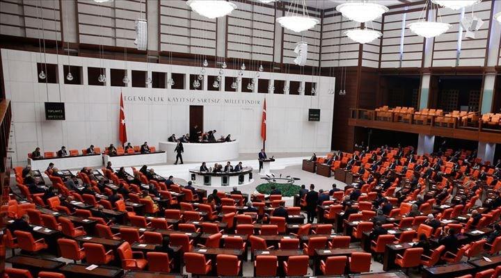 İşçinin gözü kulağı Meclis'te: İktidar geri adım atmıyor