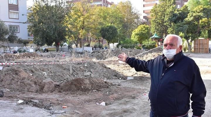 Depremde yıkılan Yağcıoğlu Sitesi B bloktaki çatlaklar boyayla kapatılmış