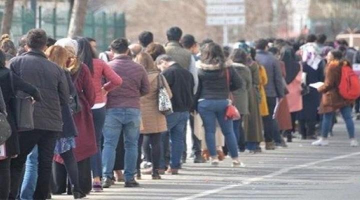 İş de yok iş bulma umudu da: 541 bin genç en az bir yıldır işsiz