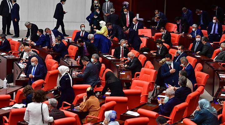 Meclis'ten bakanlara 'saygınlık' çıkışı