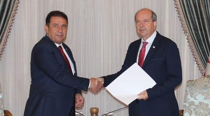 Kuzey Kıbrıs'ta Saner, hükümet kurma görevini iade etti