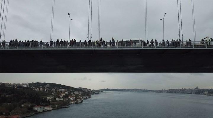 İşten çıkarılan işçiler, Boğaziçi Köprüsü'nde eylem yaptı: 2 kişi intihar girişiminde bulundu