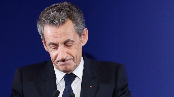 Sarkozy 'rüşvet, yolsuzluk ve suç örgütü kurma' suçlamasıyla hâkim karşısında