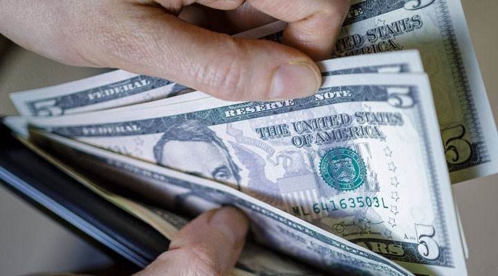 Ekonomiye dair vaatler işlemiyor: Dolar yeniden 8 TL'yi gördü