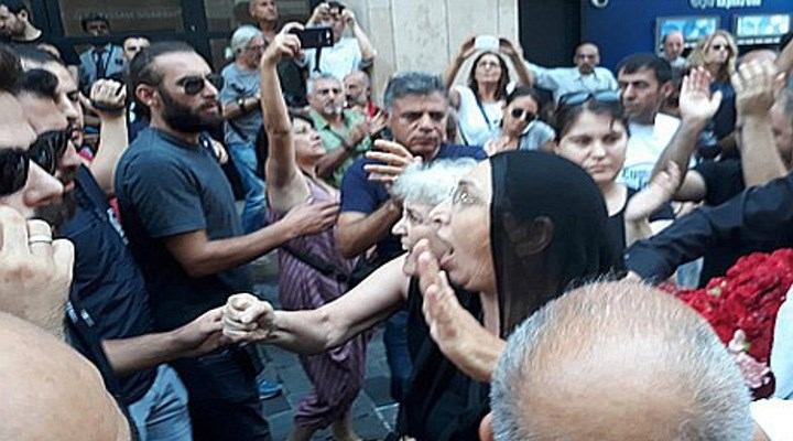 """""""Adliyelerin kapılarını Cumartesi Annelerine değil, adalete açın"""""""