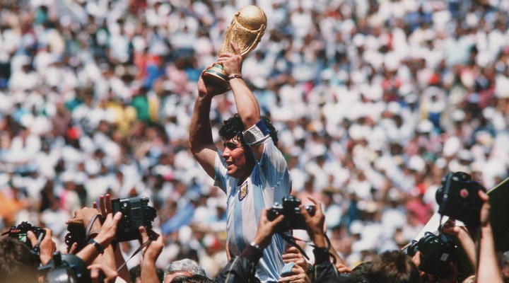 Eduardo Galeano'nun kaleminden: Maradona
