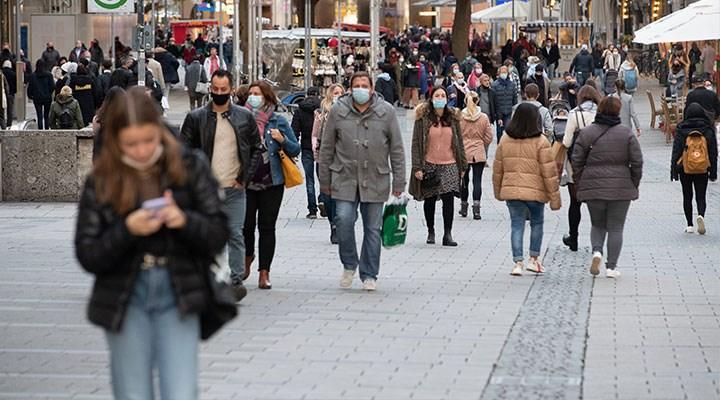 Almanya'daki koronavirüs kısıtlamaları 20 Aralık'a kadar uzatıldı