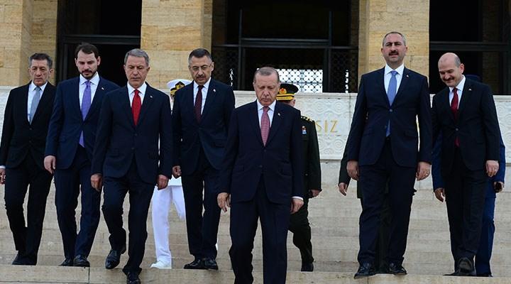 AKP'nin kurucu vekillerinden Albayrak: Parti kölelik ve itaat sistemiyle yönetiliyor