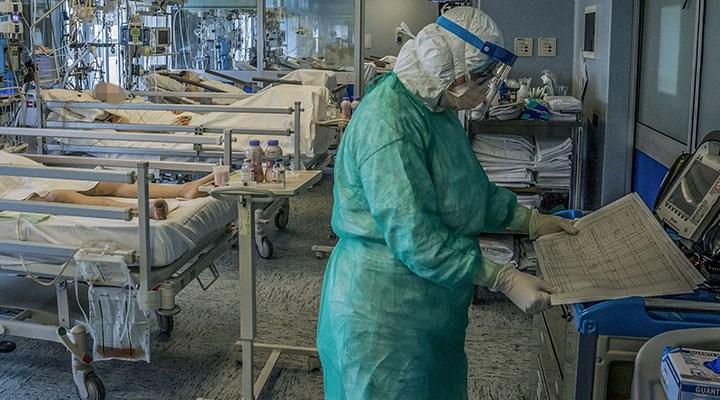 9 ayda 3 kez koronavirüse yakalanan 101 yaşındaki kadın hastalığı bir kez daha yendi