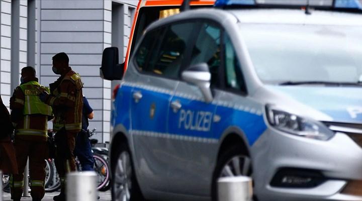 Almanya'da bir kişi araçla yayaların arasına daldı: 4 ölü