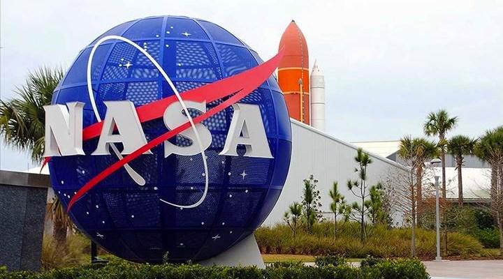NASA, Ay'a gidecek 18 kişilik ekibi açıkladı