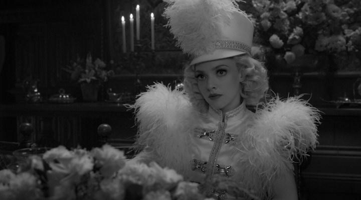 Mank: Sinemaya bir kez daha aşık eden film