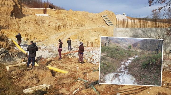 Madenci şirkete ağaç kesmek yetmedi: Dere yatağına beton döktü
