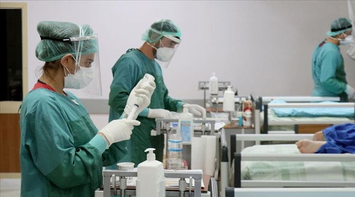 Bir günde 6 sağlık çalışanı Covid-19 nedeniyle hayatını kaybetti