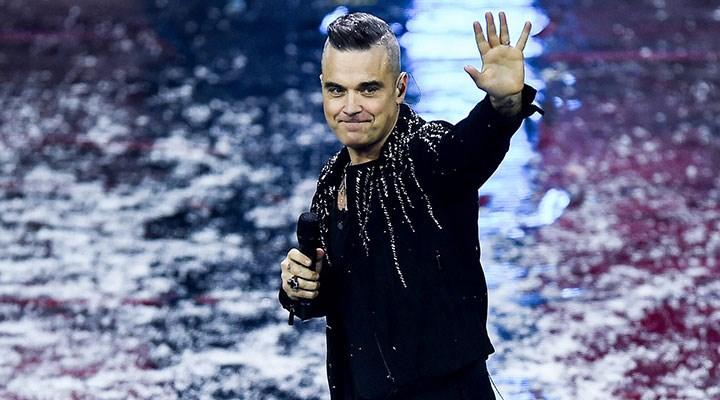 İngiliz şarkıcı Robbie Williams, balık diyeti nedeniyle ölümden döndü