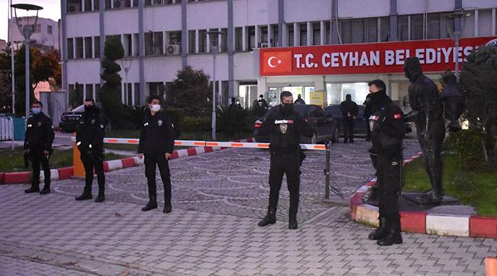 Ceyhan Belediyesi'ne 'rüşvet' operasyonu: Kadir Aydar'ın da aralarında olduğu 23 kişi gözaltında