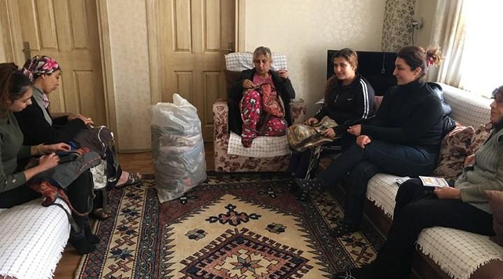 Ev eksenli çalışan  kadınlar zor durumda: Devlet bizi pandemide de yok sayıyor