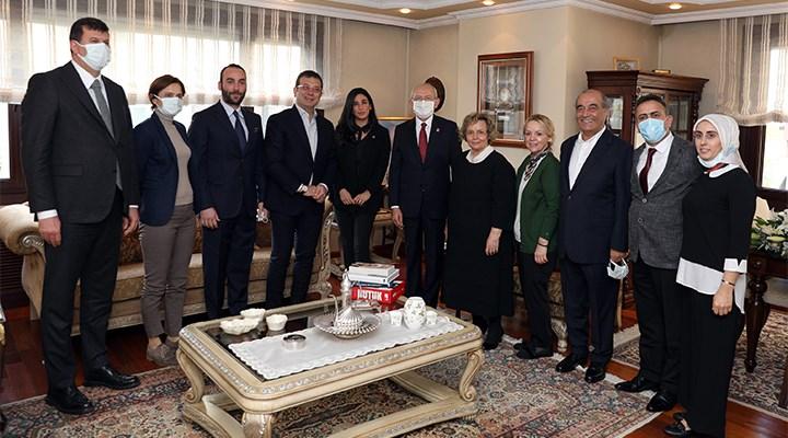 MHP'nin gazetesi: CHP'liler başbuğumuzun evine ayakkabıyla girdiler