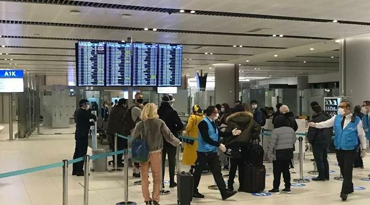 Türkiye'nin 4 ülkeye uçuş durdurma kararı sonrası ilk yolcular İstanbul'da