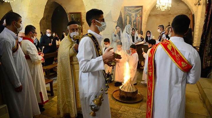 Mardin'de Noel ayini yapıldı