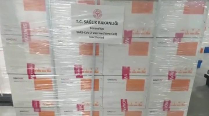 Çin aşısının Türkiye'ye gelişi ertelendi