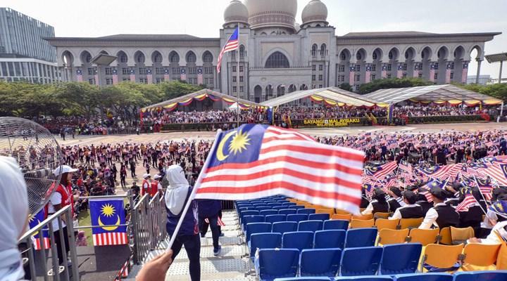 """""""Malezya'da bir et karteli, 40 yıl rüşvetle sahte 'helal' etiketi aldı"""" iddiası"""