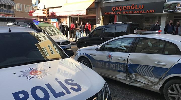 """Edirne'de """"dur"""" ihtarına uymayan sürücü polis aracına çarptı"""
