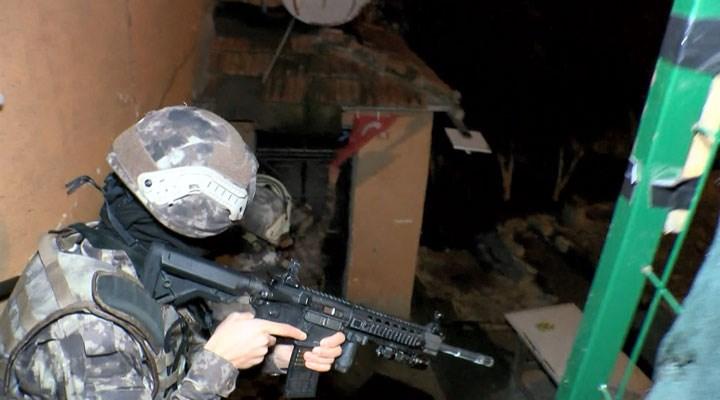 Boğaziçi eylemlerine yönelik operasyonlar sürüyor: Uzun namlulu silahlarla ev baskınları yapıldı