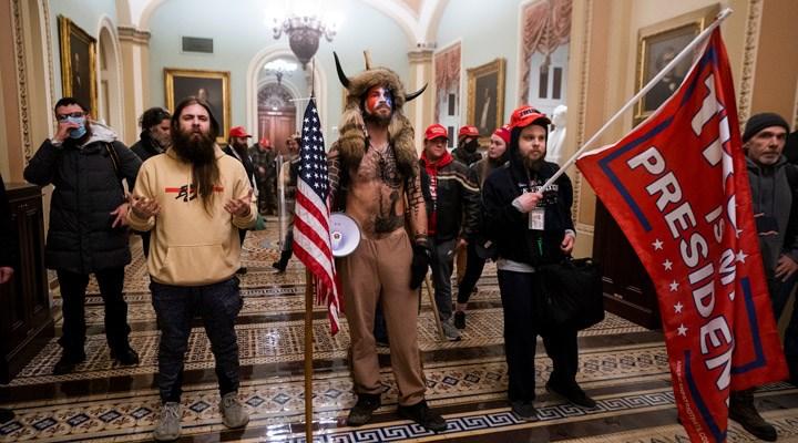 Fotoğraflarla: Trump destekçileri, ABD Kongresi'ni bastı
