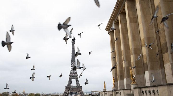Fransa'dasokağa çıkma yasağı uzatıldı: Üçüncü kez karantina ilan edilebilir