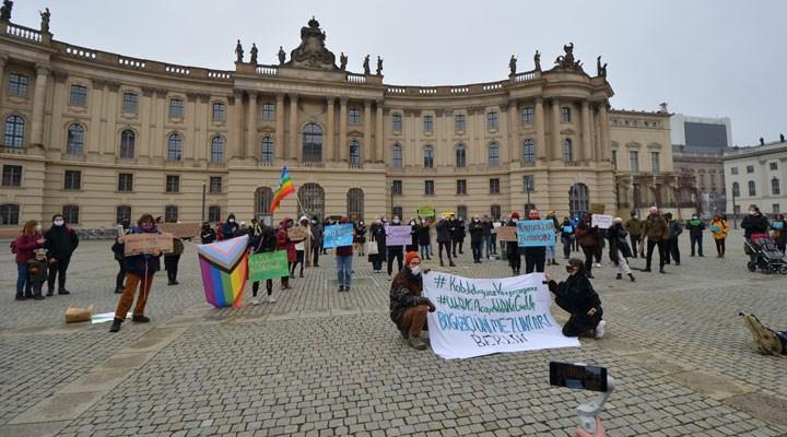 Berlin'de Boğaziçi Üniversitesi mezunlarından protesto