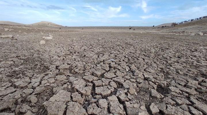 Kuraklık: May Barajı'nın suları çekildi