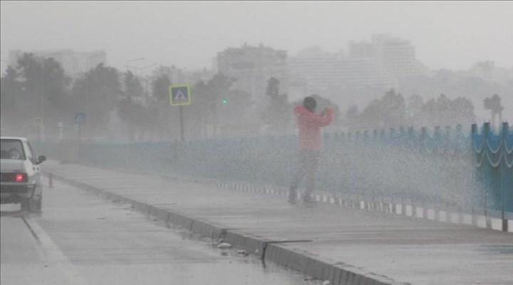 Akdeniz için kuvvetli yağış uyarısı