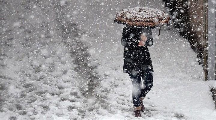 Meteoroloji saat verdi: İstanbul için yoğun kar yağışı uyarısı