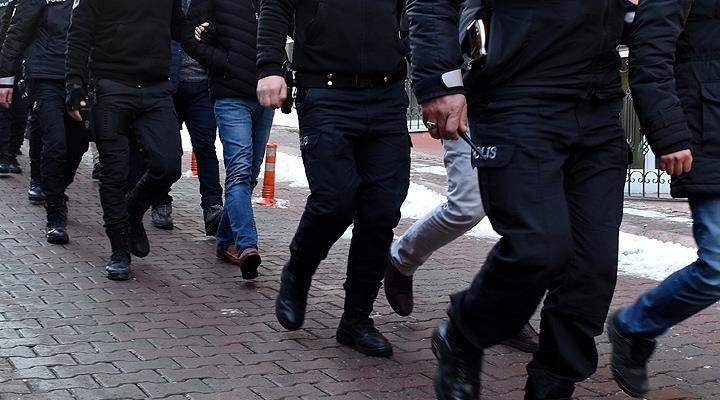 Adana'da suç örgütü operasyonu: 9'u polis 41 kişi tutuklandı