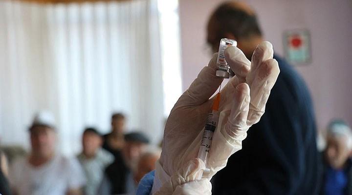 Türkiye'de koronavirüs aşısı olan kişi sayısı bir milyonu geçti