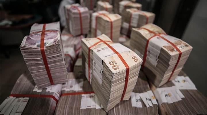 Devletin karadelikleri de borcu da büyüyor
